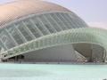 Valencia futuristischer Stadtteil im Flussbett.JPG