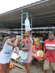 P1040115 - Obst- und Gemüsemarkt