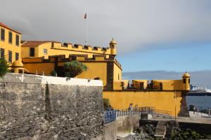 25 Funchal